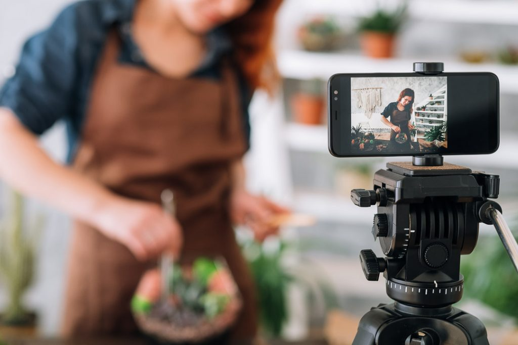 Iphone shooting cooking videos
